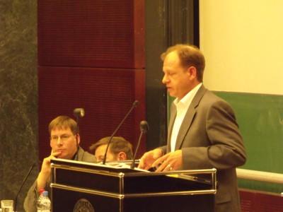 Podium 2011 - Einführung Prof. Dr. Schlumberger - small