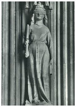 Statue - small