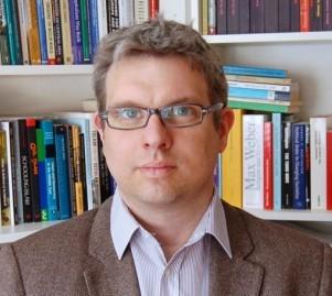 Dr. Tim Epkenhans